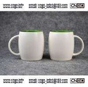 Quality Beer barrel inside green ceramic beer mug custom advertising LOGO for your design wholesale
