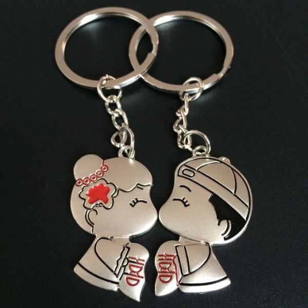 2pc metal keyring ,unique keyfob ,couples romatic keyring lover keychain Fashion Love Heart Keyring Couple Keychain