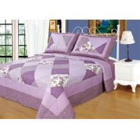 Quality Irregular Cloud Stitching Quilt Comforter Sets , Purple Checkered Full Size Bedspread wholesale