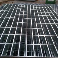 China Carbon Steel Wire Rod 32 X 5mm Hot Dipped Galvanized Steel Grating For Stairs on sale