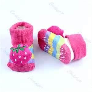 China Lovely soft Strawberry Unisex Cartoon Newborn baby non slip socks on sale