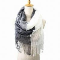 Quality Acrylic Scarf for Various Uses, with Two-tone Color, Very Soft/Warm Neck Warmer, Fashionable Design wholesale