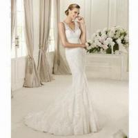 Quality Spaghetti Strap V-neck Ivory Bridal Dress, ODM and OEM Orders are Welcome wholesale