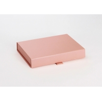 China ISO Small Luxury Paper Gift Box , Recycled Paper Gift Boxes on sale