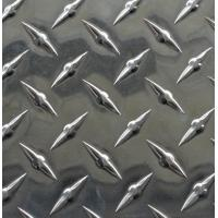 China Anti Skidding Aluminium Checker Plate Sheet With Bright Finish Surface Treatment on sale