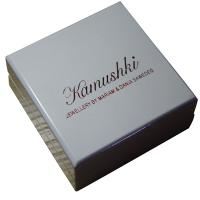 Offwhite Varnish Paint Keepsake Gift Boxes Shining Red For Earing Display