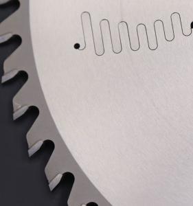 China Round Compound Mitre Saw Blades Heat Treatment Polycrystalline Diamond on sale