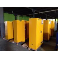 China Vertical Corrosive Chemical Storage Cabinets 60 Gallon For Flammable Materials on sale