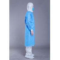 China Disposable SMMS Medical 55g Surgical Disposable Gowns on sale