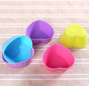 Colorful Muffin Silicone Muffin Cups Tray Anti Bacteria 6.8*5*3cm