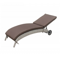 Quality 1700mm Depth 670mm Breadth Outdoor Pool Chaise Lounge Chairs With Wheels wholesale
