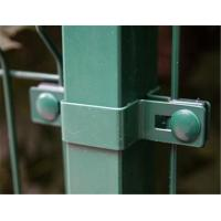 China 50mm Hole Green Color Pvc Coated Wire Mesh Fence Hold Grip Simple on sale