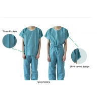 China Hospital Scrubs Disposable Patient Exam Gowns on sale
