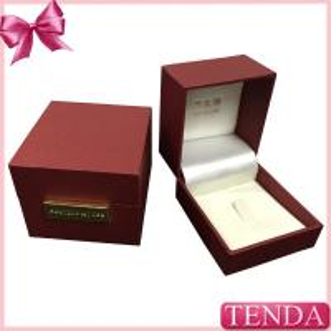 China Custom Wooden Plastic Velvet Leatherette Leather Wedding Engagement Diamond Ring Box on sale