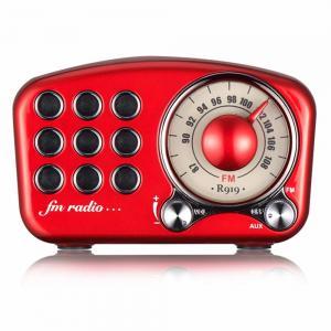 China Built In Mini Wireless Speaker / Stereo Retro Bluetooth Speaker With FM Radio on sale