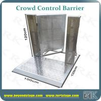 Portable Security Fencing : Cheap aluminum crowd control barrier fence with door