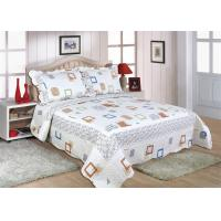 Quality Cotton Frame Quilt Bedding Sets , Geometric Pattern Bedspreads And Comforters wholesale