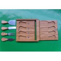 CB-1052 Rubber wood Handle 4 pcs Cheese Knives with Cheese Board