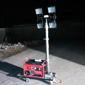 Quality portable mobile light tower, 4.2m pneumatic lighting mast, 2000W lamps, gasoline generator wholesale