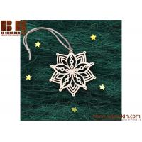 China Hot Sale Snowflake Wood Embellishments Craft Christmas Tree Hanging Ornament Decor on sale
