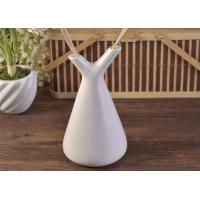 Quality White Empty Diffuser Bottles , Ceramic Essential Oil Diffuser With Rose & Sticks wholesale