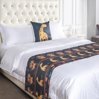 China Polyester Jacquard Hotel King Size Bed Runner With Cushion Covers on sale