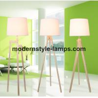 New Style Modern Wood Floor Lamp , Contemporary Wood Lamp Long Service Life