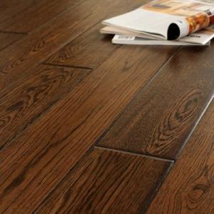 China Oak Engineered Flooring ,brushed, UV lacquer on sale