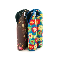 China Waterproof Foldable Neoprene Beer Bottle Cooler Sleeve on sale