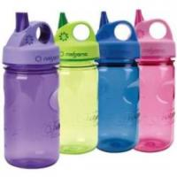 China 550ml Plastic water bottle with filter net on sale