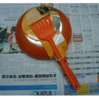 Quality aluminum non-stick fry pan with small shovel wholesale