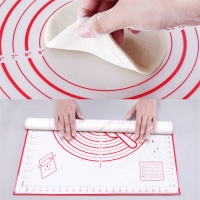 China OEM Logo Silicone Baking Mat With Circles on sale