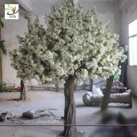 Quality UVG High simulation fiberglass artificial wedding cherry blossom tree for stage decoration wholesale