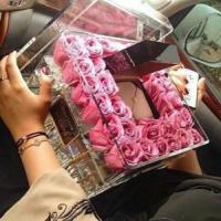 Quality Wedding decoration acrylic flower display container / clear acrylic rose box with lid wholesale
