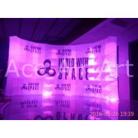Quality custom free standing inflatable curve wall with logo for advertising and exhibition wholesale