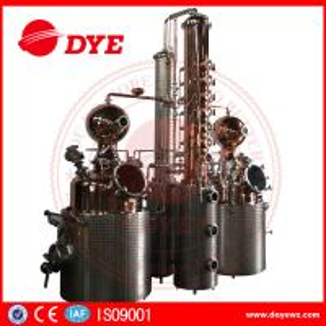 Quality 66 Gal Industrial Copper Distillery Equipment Vodka Copper Alcohol Distiller wholesale