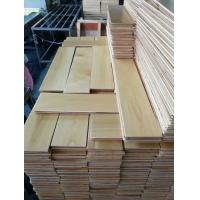 China Birch Multi layers Engineered Wood Flooring,natural color UV lacquer