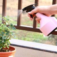 Quality Light Pink Or Blue Sprayer Use Garden Plant Accessories PP And PVC Materials Light pink or light blue 11x21cm 0.07kg wholesale