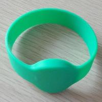 Quality 13.56MHz RFID Wristband with Silicone Material and HF Frequent wholesale