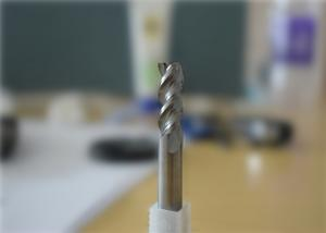 China DLC Coating 3 Flute Carbide End Mills For Aluminum Cutting on sale