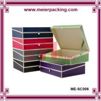 China Luxury textured paper hot stamping logo clamshell gift boxes with ribbon wholesale on sale