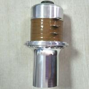 Quality CE Passed 20 Khz Ultrasonic Transducer / Low Power Ultrasonic Transducer 11000 PF wholesale