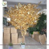 Quality UVG Small artificial banyan family tree decorations with wooden trunk for hotel decor wholesale