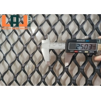 Black Painted Aluminum Protection Fence Galvanised Expanded Mesh Flattened for sale