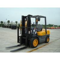 China Pneumatic Solid Tyre Diesel Engine Forklift , Counterbalance Forklift Truck 2 Stage / 3 Satge Mast on sale