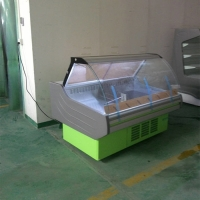 China LED Lighting 5ft Curved Glass Deli Case For Display on sale
