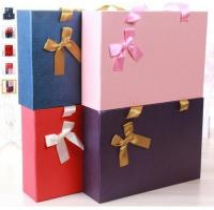 China Luxury Matte Black Paper Jewelry Box Custom Paper Jewellery Box Black,bouquet square gift paper cardboard packaging luxu on sale