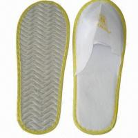Quality Disposable slippers, comes in white wholesale