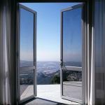 Double Glazing Tempered Glass Door Aluminium Frame , Restaurant Swing Doors
