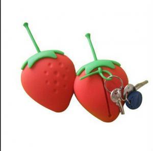 Quality strawberry silicone key case ,fruit shape silicone card holder wholesale